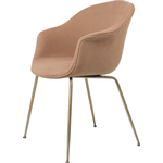 Gubi Bat Chair, messingbelagt stel, warm earth/hot madison