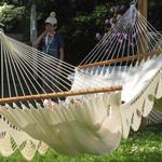 Naturhvid Gringa hængekøje i romantisk design