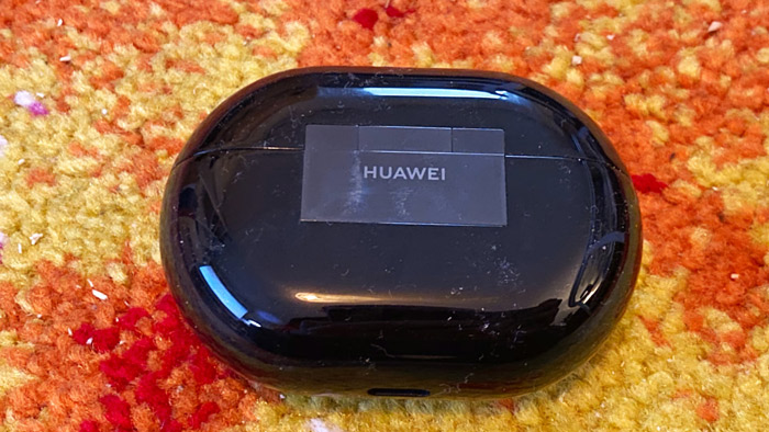 02-Huawei-freebuds-pro-True-wireless-in-ear
