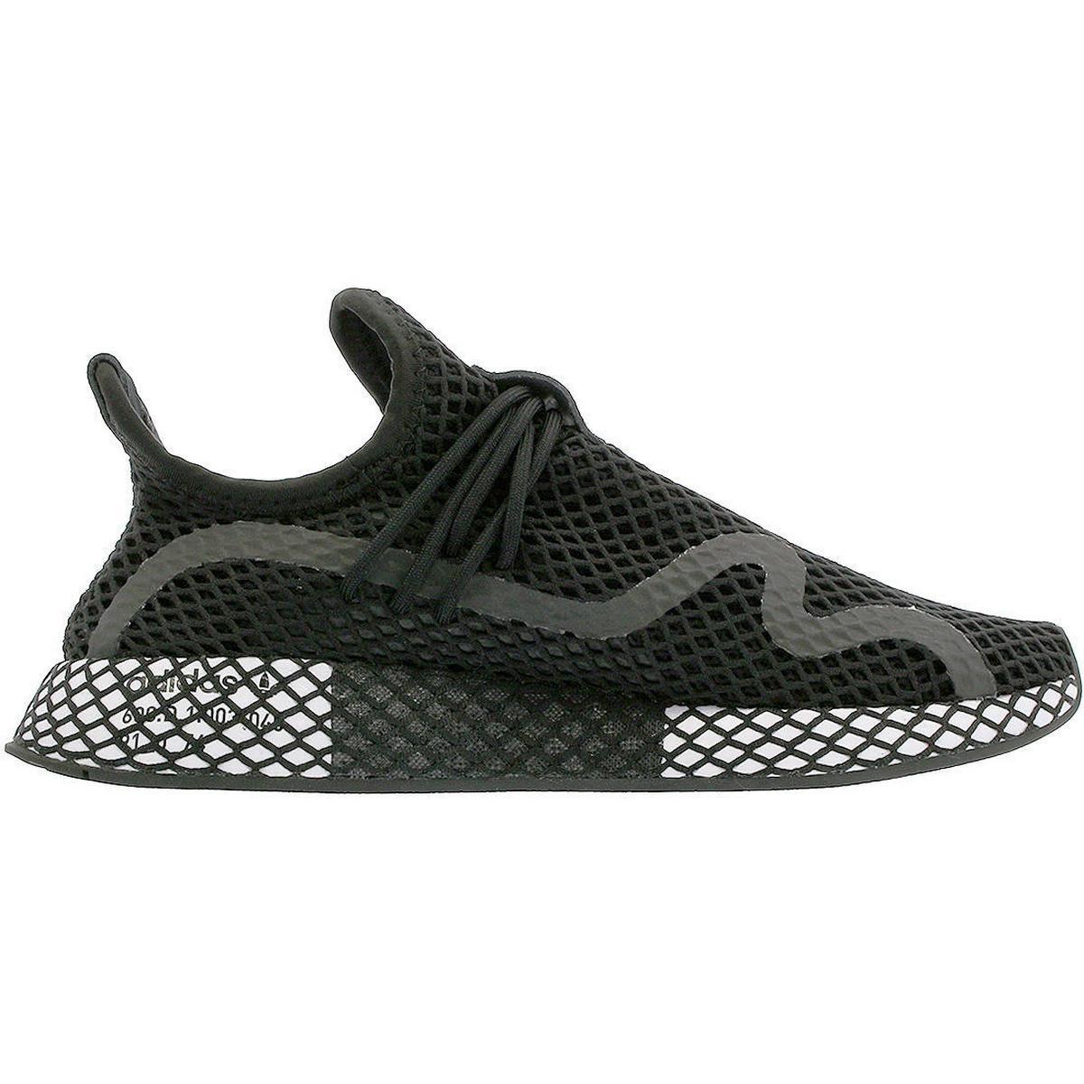 Deerupt Runner Sneakers In Black Cq2626