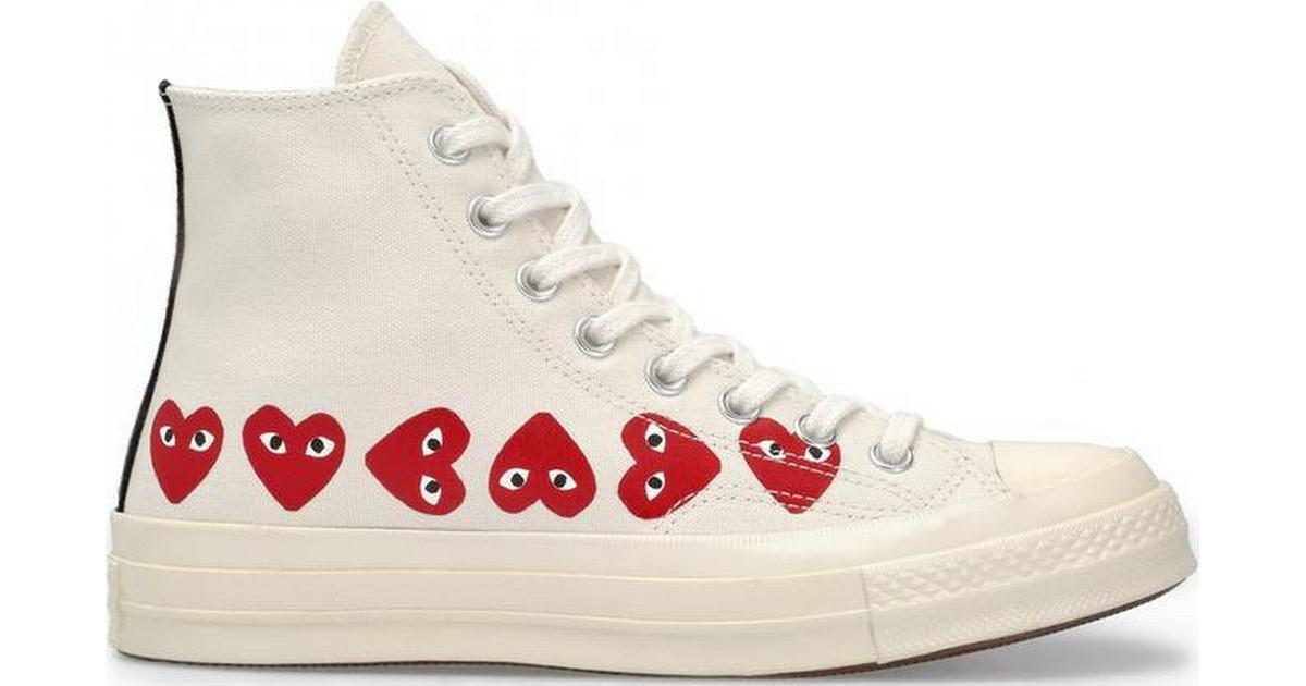 Sneaker Play x Converse alte beige con cuori