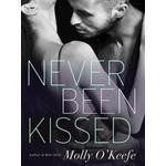 Never Been Kissed, E-bog