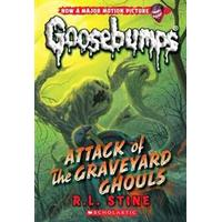 Attack of the Graveyard Ghouls (Classic Goosebumps #31) (Häftad, 2015), Häftad
