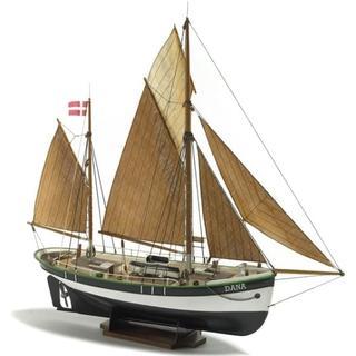 Billing Boats Dana Fishingboat 1:60