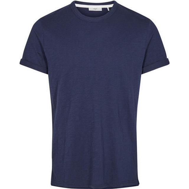 Minimum Delta T-shirt Dark Iris