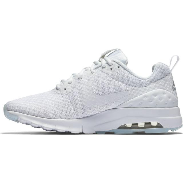 Nike Air Max Motion UL W White • Se priser (1 butikker) »